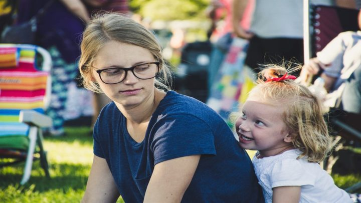 10 законов французских мам в воспитании детей