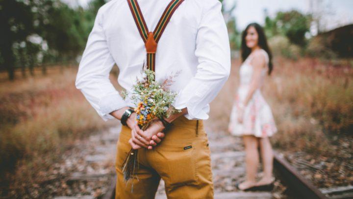 26 возможных поступков влюбленного мужчины