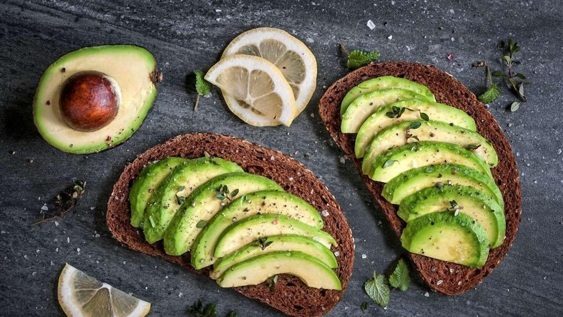 О пользе авокадо, почему следует есть чаще