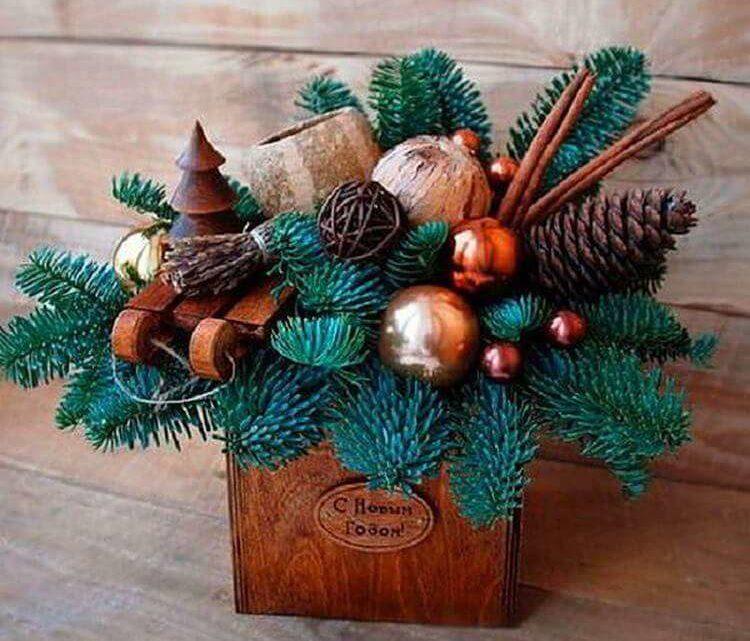Интересные варианты украшений к новогодним праздникам