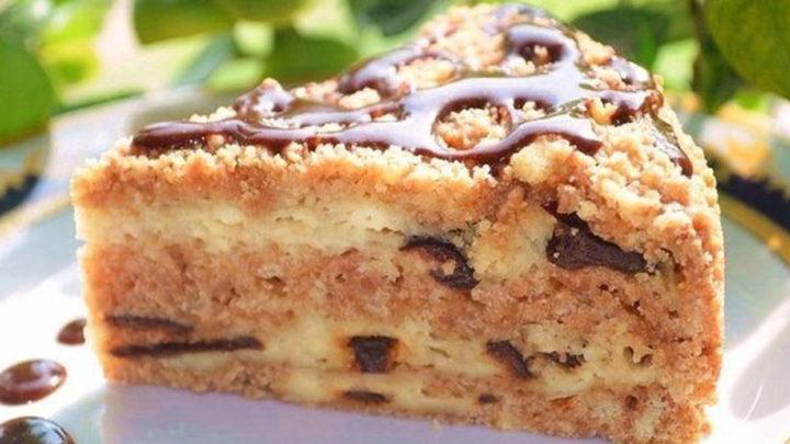 Простой и вкусный рецепт творожного пирога с черносливом