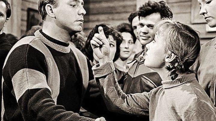 Интриги и ссоры во время съемок легендарных «Девчат»