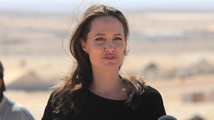 Самая красивая? Неидеальные снимки Анджелины Джоли