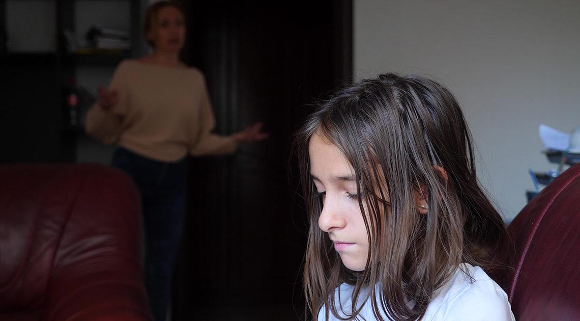 Как бороться с грубостью и хамством подростка
